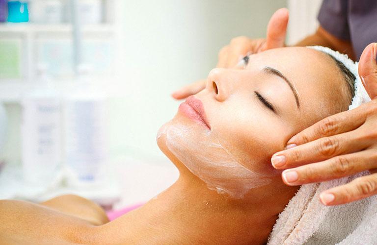 Verschiedene Gesichts- und Körpertherapien HVD Reina del Mar